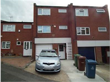 3 Bed House in Harrow Weald property L2L2445-302