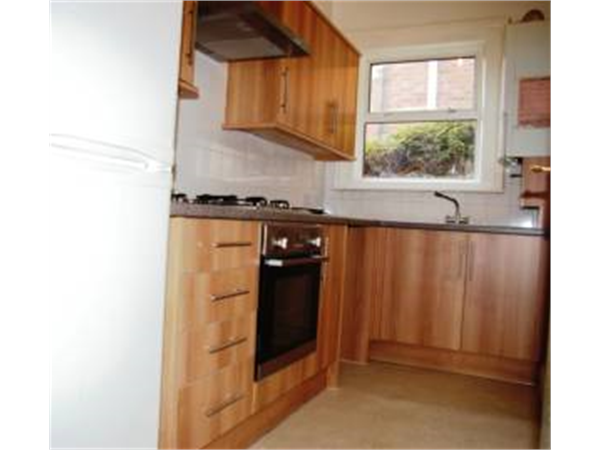 Property & Flats to rent with So Suite Properties L2L245-166