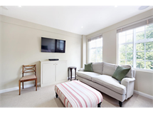 1 Bed Flats And Apartments in Chelsea property L2L2535-164