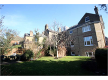 2 Bed Flats And Apartments in Norbiton property L2L2586-402