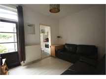4 Bed House in Tolworth property L2L2586-428