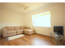 1 Bed Flats And Apartments in Norbiton property L2L2586-396