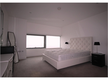 3 Bed Flats And Apartments in Canary Wharf property L2L264-632