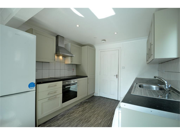 Property & Flats to rent with Kushy Move (Bellenden Road) L2L2661-617