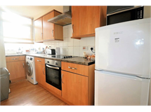 4 Bed Flats And Apartments in Bethnal Green property L2L2718-6706