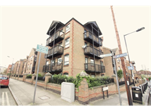 2 Bed Flats And Apartments in Isle Of Dogs property L2L2718-7491