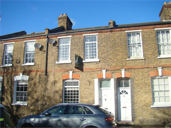 Property & Flats to rent with Lloyds Residential Bethnal Green L2L2718-7505