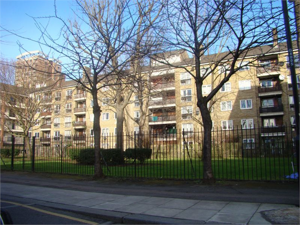 Property & Flats to rent with Lloyds Residential Bethnal Green L2L2718-7537