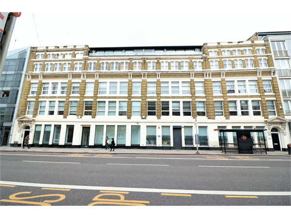 Property & Flats to rent with Lloyds Residential Bethnal Green L2L2718-7895