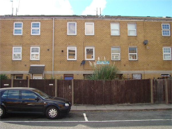 Property & Flats to rent with Lloyds Residential Bethnal Green L2L2718-8155