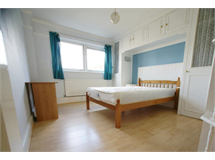 4 Bed House in Barons Court property L2L29-365