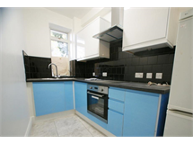 1 Bed Flats And Apartments in Barons Court property L2L29-315