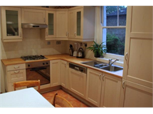 1 Bed Flats And Apartments in Barons Court property L2L29-528