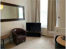 2 Bed Flats And Apartments in Barons Court property L2L29-846