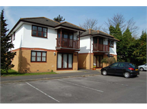 1 Bed Flats And Apartments in Addlestone Bourneside property L2L3126-432