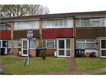 2 Bed House in Addlestone Bourneside property L2L3126-481
