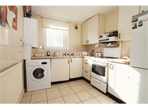3 Bed Flats And Apartments in Bethnal Green property L2L3186-561