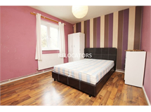 4 Bed Flats And Apartments in Stepney property L2L3186-564