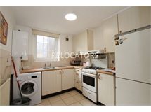 4 Bed Flats And Apartments in Bethnal Green property L2L3186-579