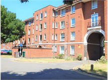 3 Bed Flats And Apartments in South Wimbledon property L2L3269-181