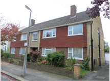 3 Bed Flats And Apartments in Merton property L2L3269-1556