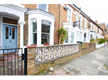 3 Bed Flats And Apartments in Brixton property L2L33-827