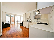 3 Bed Flats And Apartments in Streatham Hill property L2L33-853