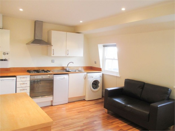 Property & Flats to rent with Square Quarters Letting Agents (Islington) L2L3336-8753
