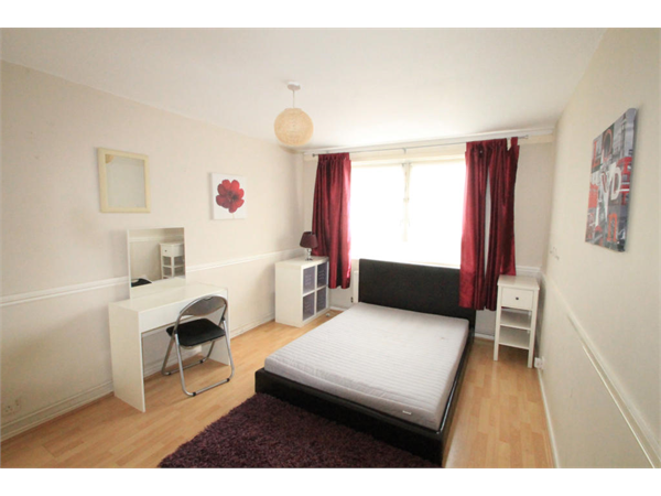 Property & Flats to rent with Square Quarters Letting Agents (Islington) L2L3336-3732