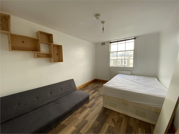 Property & Flats to rent with Square Quarters Letting Agents (Islington) L2L3336-917