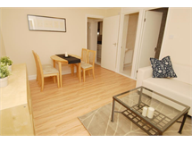 3 Bed Flats And Apartments in Southfields property L2L3476-242