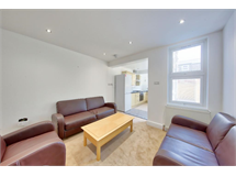 4 Bed House in Merton property L2L3476-739