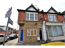 2 Bed Flats And Apartments in Hanwell property L2L3535-165