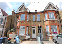 2 Bed Flats And Apartments in Hanwell property L2L3535-167