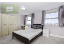 3 Bed Flats And Apartments in Colliers Wood property L2L354-100