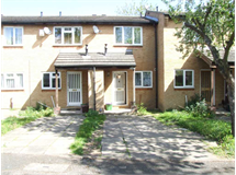2 Bed House in Colliers Wood property L2L354-627