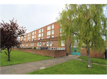 1 Bed Flats And Apartments in Plumstead property L2L3632-473