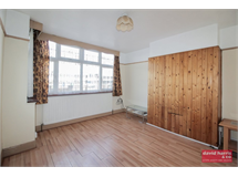 3 Bed House in Dollis Hill property L2L3681-288