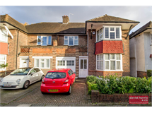 4 Bed House in Finchley property L2L3681-532