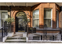2 Bed Flats And Apartments in Fitzrovia property L2L3688-1743
