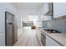 5 Bed House in Chiswick property L2L3702-100