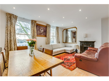 2 Bed Flats And Apartments in Turnham Green property L2L3702-1368