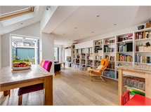 4 Bed House in Chiswick property L2L3702-100