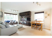 2 Bed Flats And Apartments in Turnham Green property L2L3702-431
