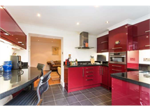 2 Bed Flats And Apartments in Gunnersbury property L2L3702-422