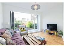 2 Bed Flats And Apartments in Acton Green property L2L3702-429