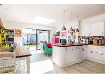 4 Bed House in Acton Green property L2L3702-464