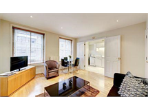 1 Bed Flats And Apartments in Fitzrovia property L2L388-840
