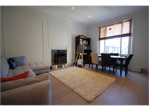 2 Bed Flats And Apartments in The Boltons property L2L388-1013