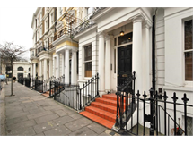 1 Bed Flats And Apartments in Earls Court property L2L388-715